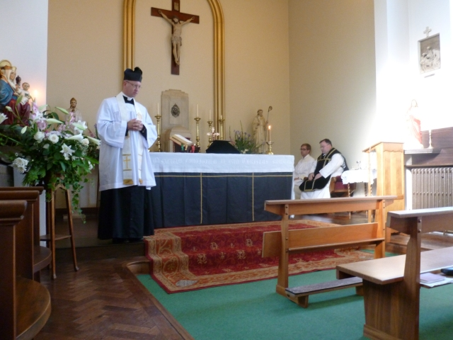 Fr Bede Rowe preaching at our conventual Mass.